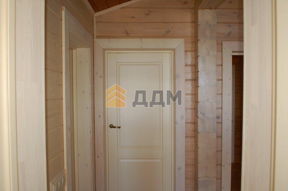 к входную дверь лучше выбрать в дом из бруса